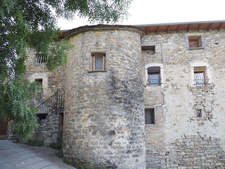 Casa Broto